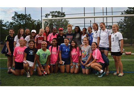 Crystal_Dunn_with_fans_for_Web